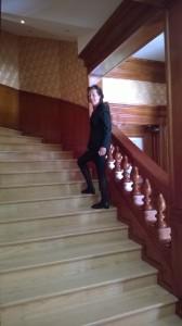 I trappan på väg uppåt
