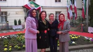 Utanför den iranska motståndsrörelsens hus i Berlin